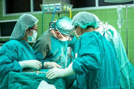 Pracownicy szpitali potrzebni od zaraz