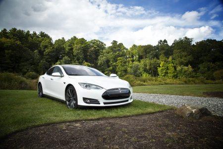 Tesla w Polsce